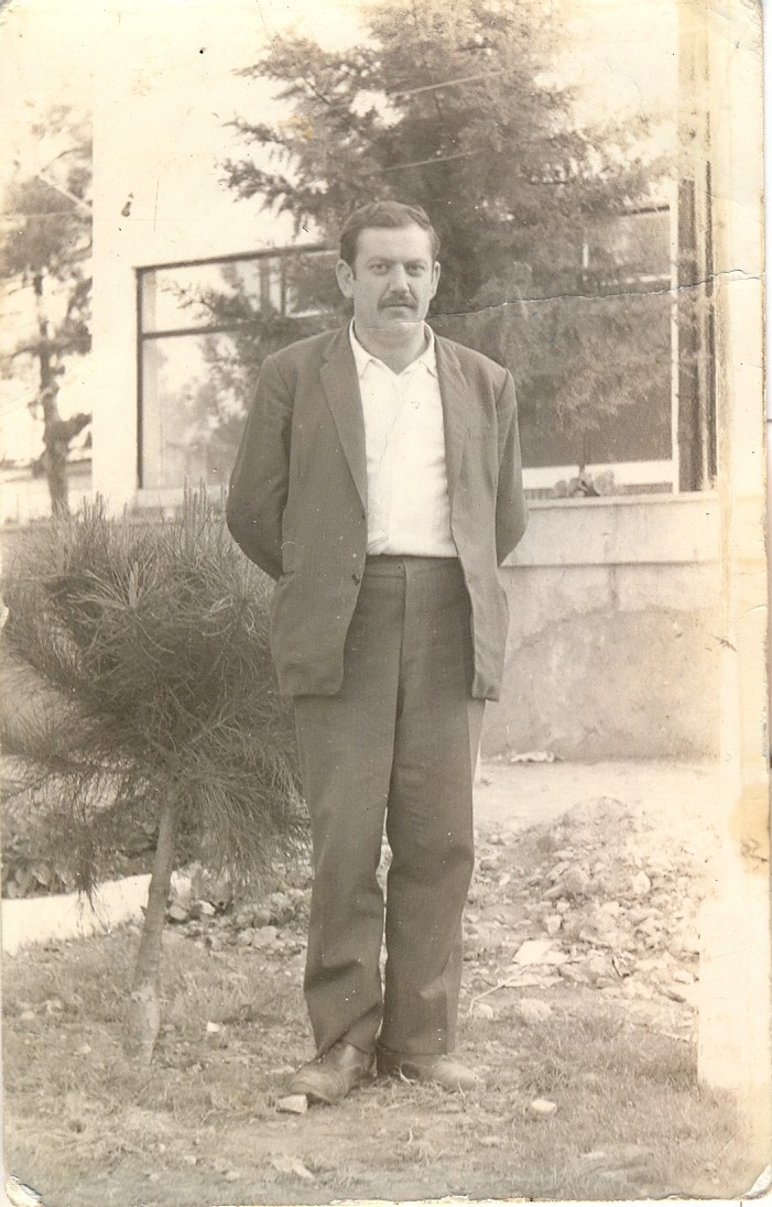 MEHMET KAPUSUZ(UŞAKLARIN).jpg