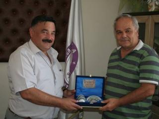 Gediz Üniversitesi Sosyal Hizmet Bölümü Öğretim Üyesi Turgay ÇAVUŞOĞLU (Eniştesini Ziyarete Geldi)